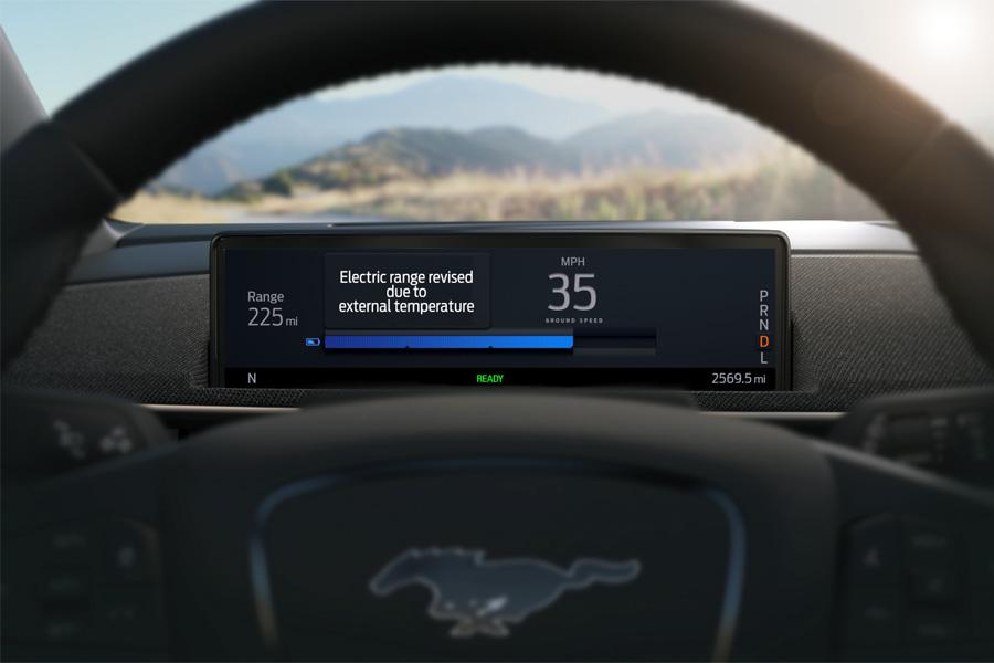 El Mustang Mach-E es el primer Ford en mejorar la precisión de los cálculos de autonomía usando la conectividad en la Nub